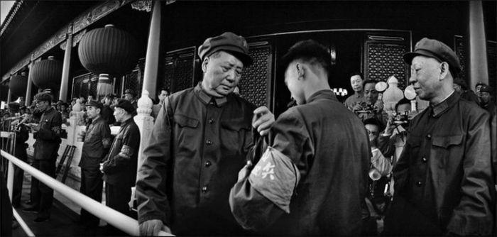 文革红卫兵受接见(高清图)--中国年鉴网