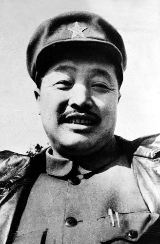 6月9日:贺龙逝世