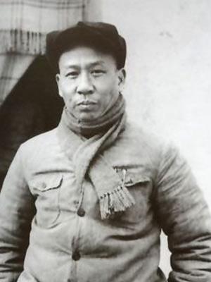 """刘少奇[LiuShaoQi]与李先念:同从""""木匠""""成为国家主席"""